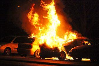 Bilbrand vid Fröslunda IP
